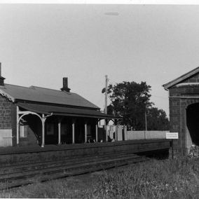 Our beautiful railway station was built in 1876. Up until the 1950's there were 3 station staff employed on shift work and four or five on the track maintenance gang. There were also 6 r